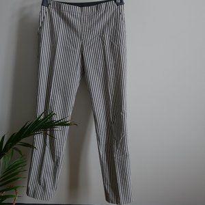 "UNIQLO STRETCH ANKLE-LENGTH PANTS. Size M/28-29"""